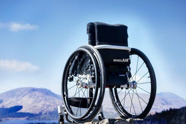 Wheelchair with wheel air temperature control