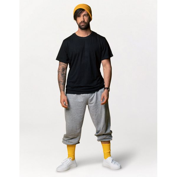 Person wearing Mens Black recovawear T-Shirt, grey tracksuit pants and yellow beanie